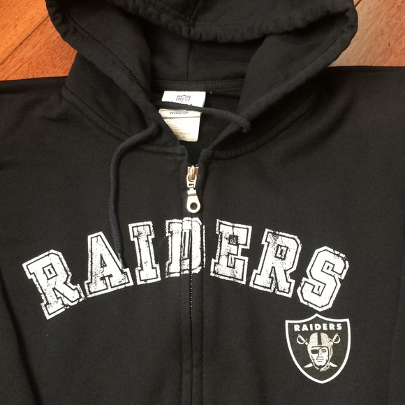 be8261788e9 NWOT Official NFL Oakland Raiders Hoodie